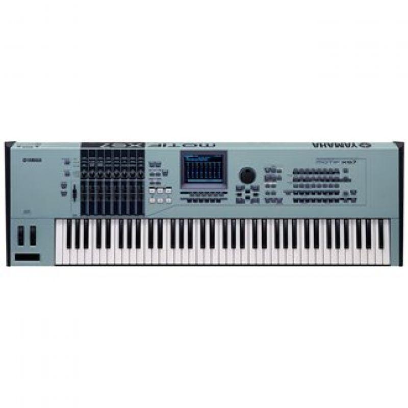 Yamaha Motif XS7 Synthesizer